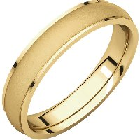 Men's Gold Wedding Band 4mm Wide Brushed Center