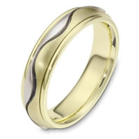 Item # 116961E - 18 kt Hand Made Wedding Band