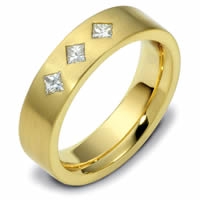 18K Yellow Gold Diamond Ring.