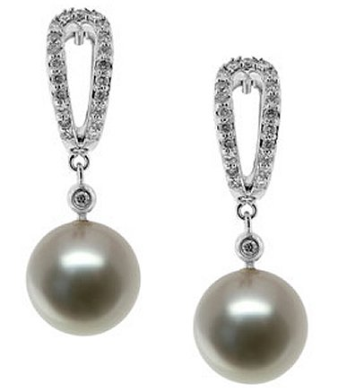 Fresh Water Pearls Earring