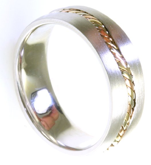 Item # A122261 View 3 - 14 kt Handcrafted Wedding Ring