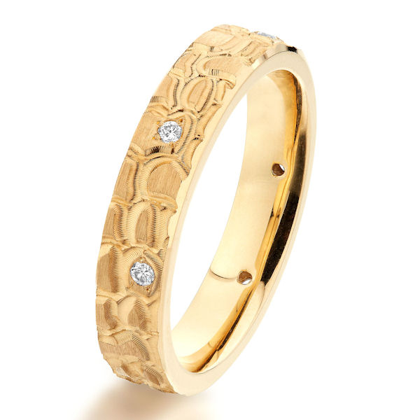 Item # G47088E - 18kt yellow gold, 4.0 mm wide, patterned diamond, comfort fit wedding ring. There are 6 round brilliant cut diamonds set around the whole ring. The diamonds are about 0.06 ct tw, VS1-2 in clarity and G-H in color. The ring is 4.0 mm wide.