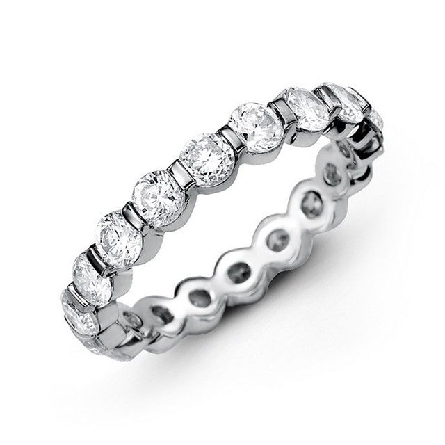 Item # MS20037WE - 18K white gold diamond eternity bend. The band bar set holds 16 round brilliant cut diamonds with total weigh of 2.5ct in size 6.0. The diamonds are graded as VS in Clarity G-H in Color.