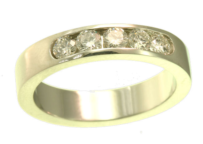 Item # ST10881 View 2 - 14K Diamond Wedding Band