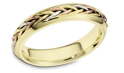 Hand Crafted 18K Gold Wedding Band